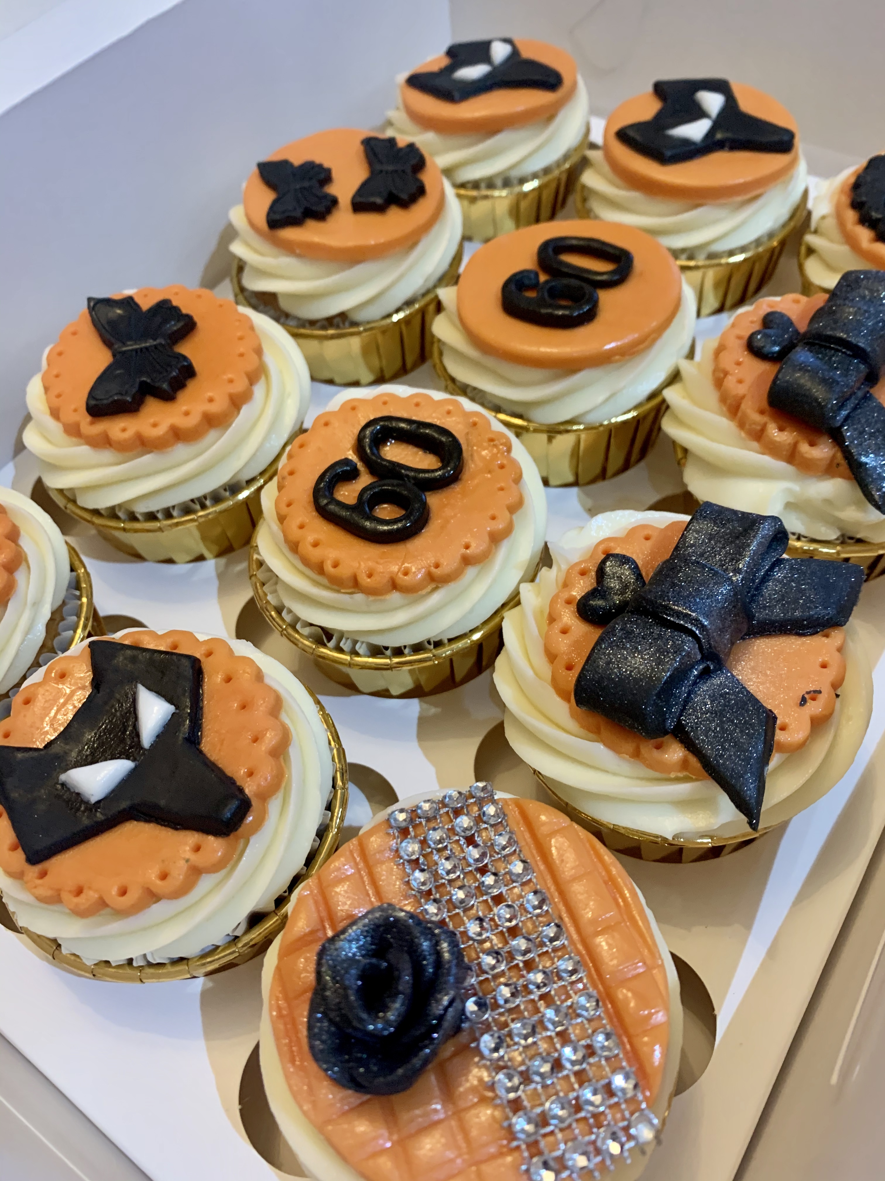 5.Wolves FC Themed Cupcakes