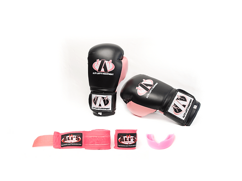 Ali's Fightgear complete beginners kickboks set voor jeugd en volwassenen.