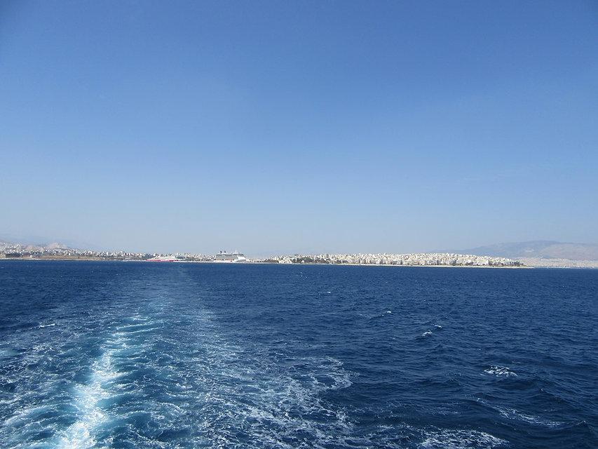 Отплытие из порта Пирей