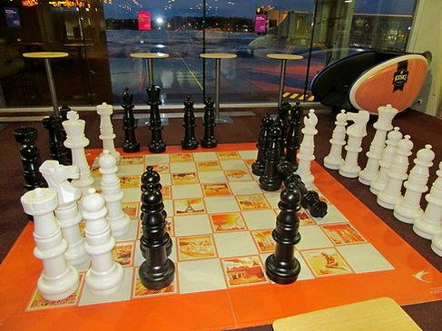 Шахматы в аэропорту Таллинна