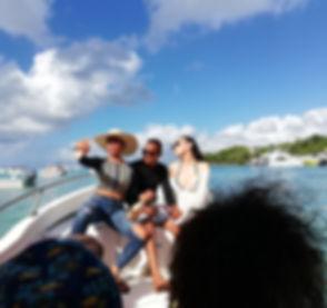 Едем на лодке с доминиканцами