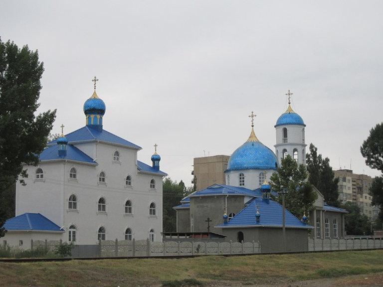Строится новая церковь