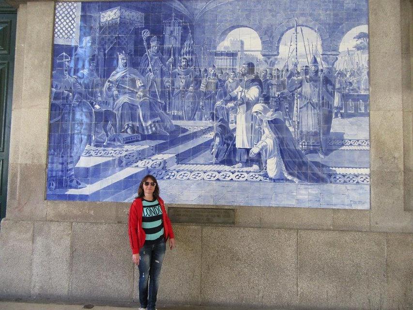 Картины из азулежу в здании вокзала Порту