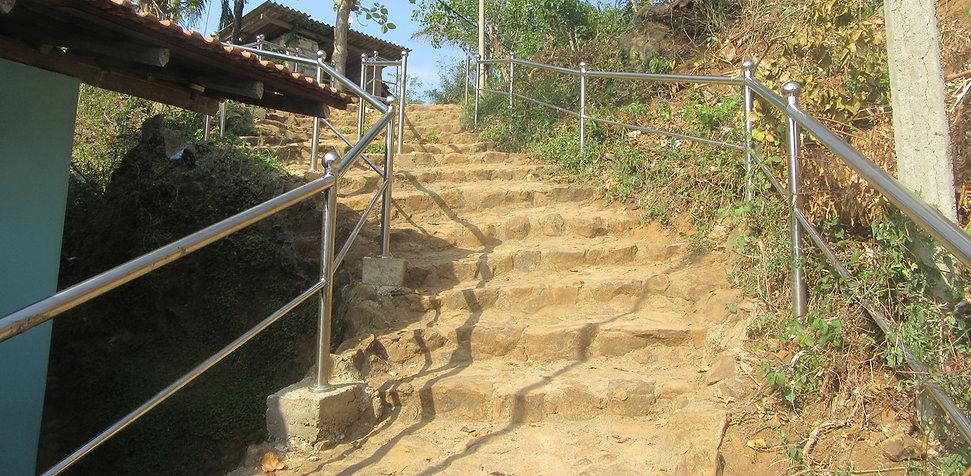 Лестница ведущая к достопримечательности