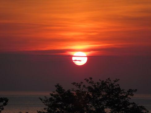 Закат в Чакви