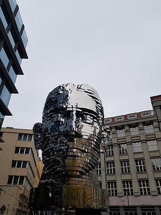Вращающаяся голова Франца Кафки, Прага