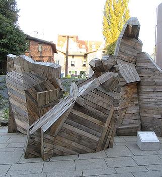 Деревянный памятник