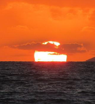 Албания, закатное солнце