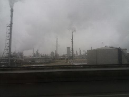 Трубы австрийских заводов дымят