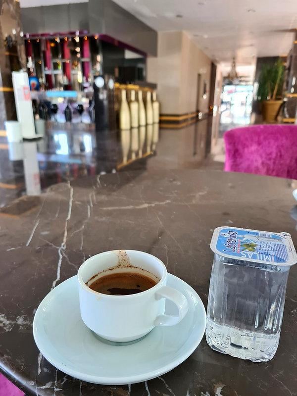 Турецкий кофе с оливковой водой