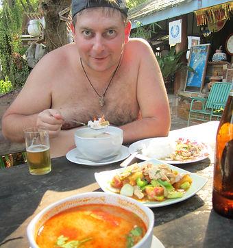 Том Ям и морепродукты