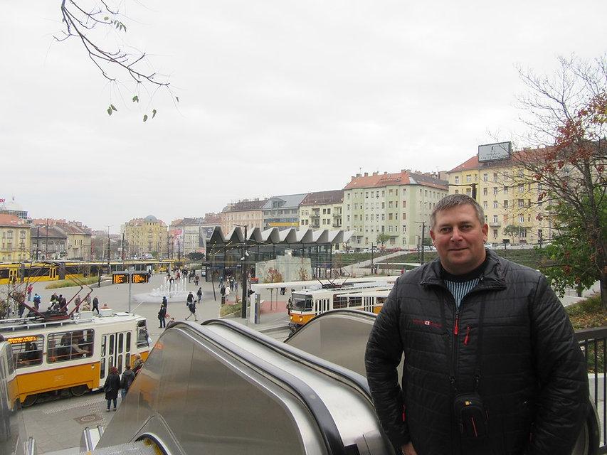 Эскалатор на улице Будапешта