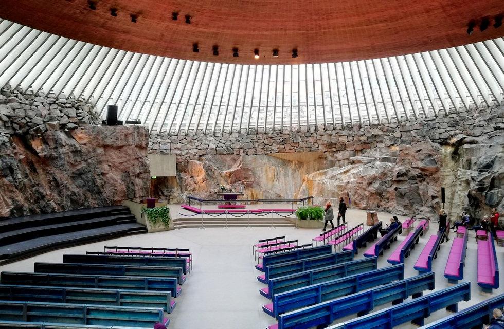 Церковь Темппелеаукио в Хельсинки