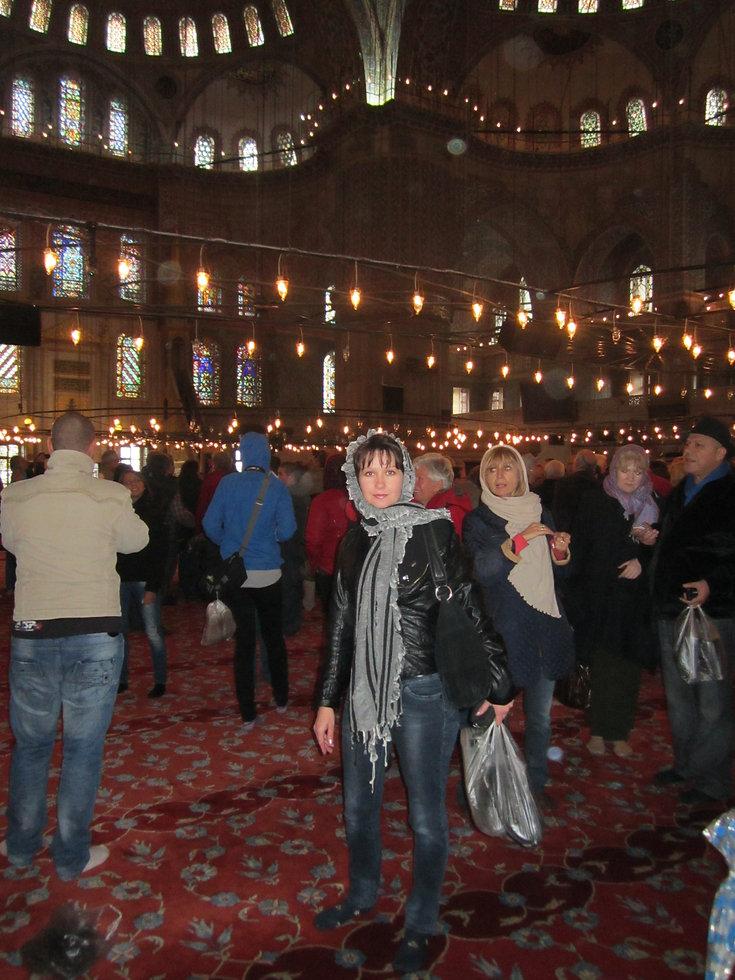 Внутри Голубой мечети, Стамбул