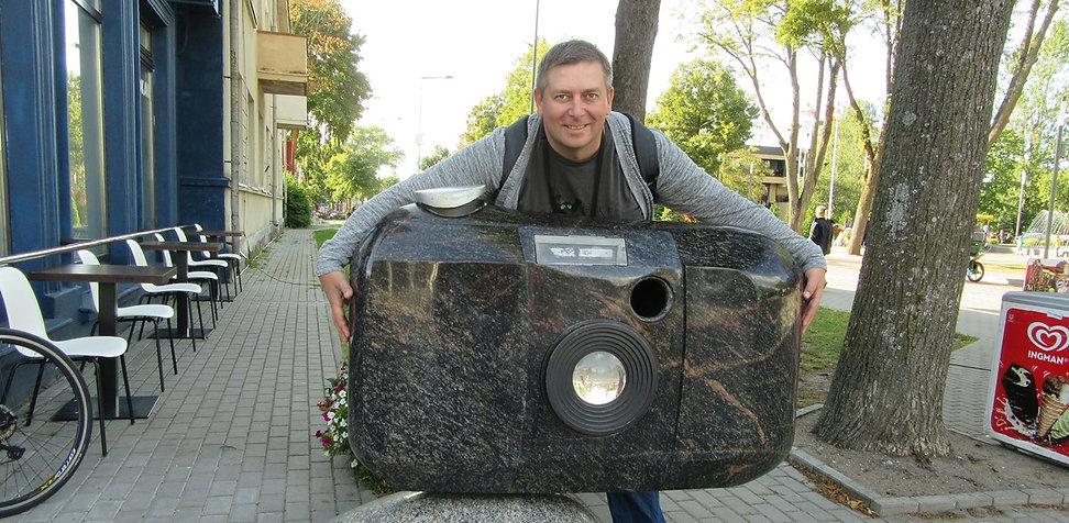 Памятник фотоаппарату в Паланге