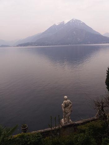 Варенна, вилла Монастеро, статуя