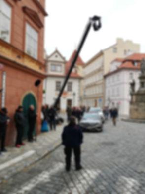 Репетиция очередного дубля на съемках, Прага