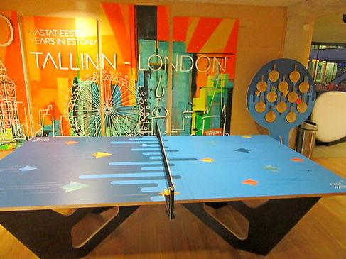 Стол для пинг-понга в аэропорту Таллинна