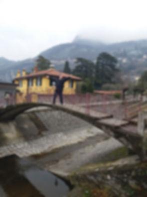 Мост над рекой в Варенне
