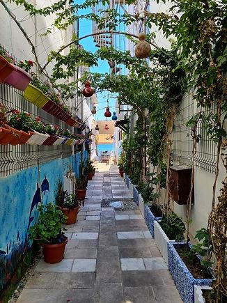 Улица в Бодруме, которая ведет к морю