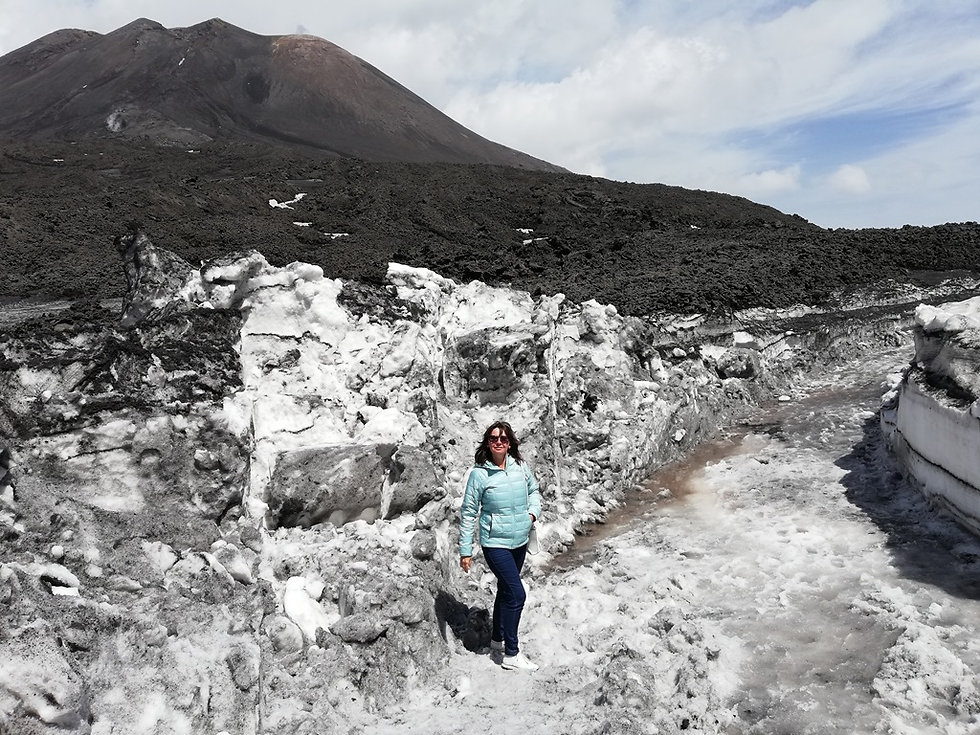 Снежный коридор на вулкане