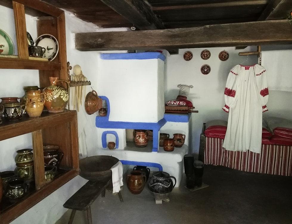 Пирогово, внутри закарпатской хаты