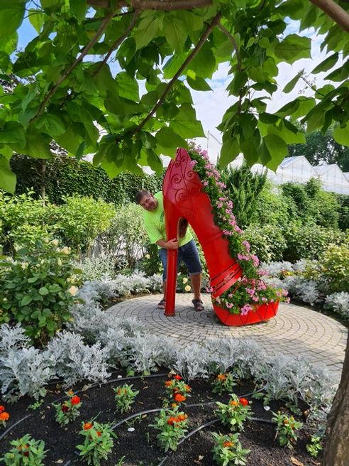 Туфля в парке Камелия