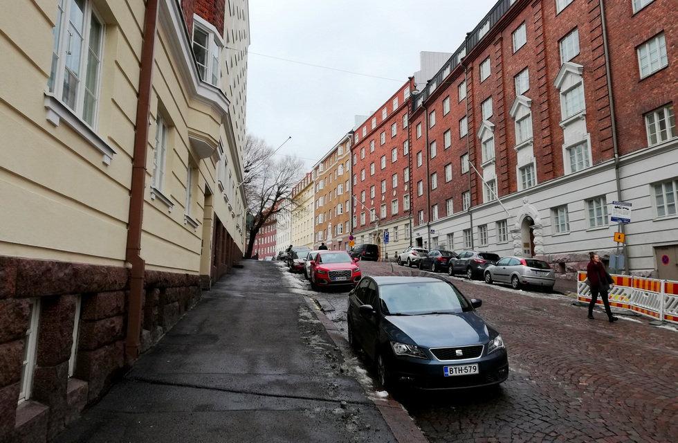Дорога к Темппелеаукио в Хельсинки