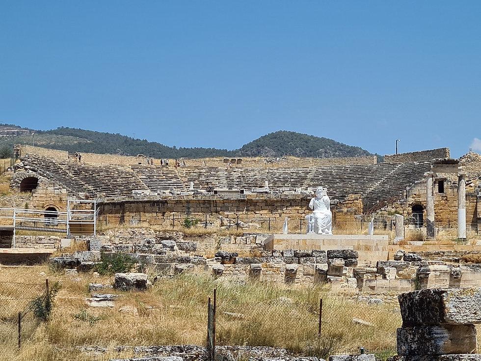 Амфитеатр в Иерополисе