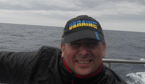 Наблюдатели за китами облитые водой