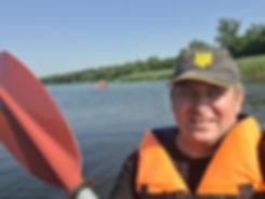 Селфи с веслом на каяке