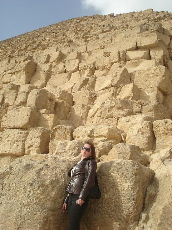 Исторические камни Пирамиды