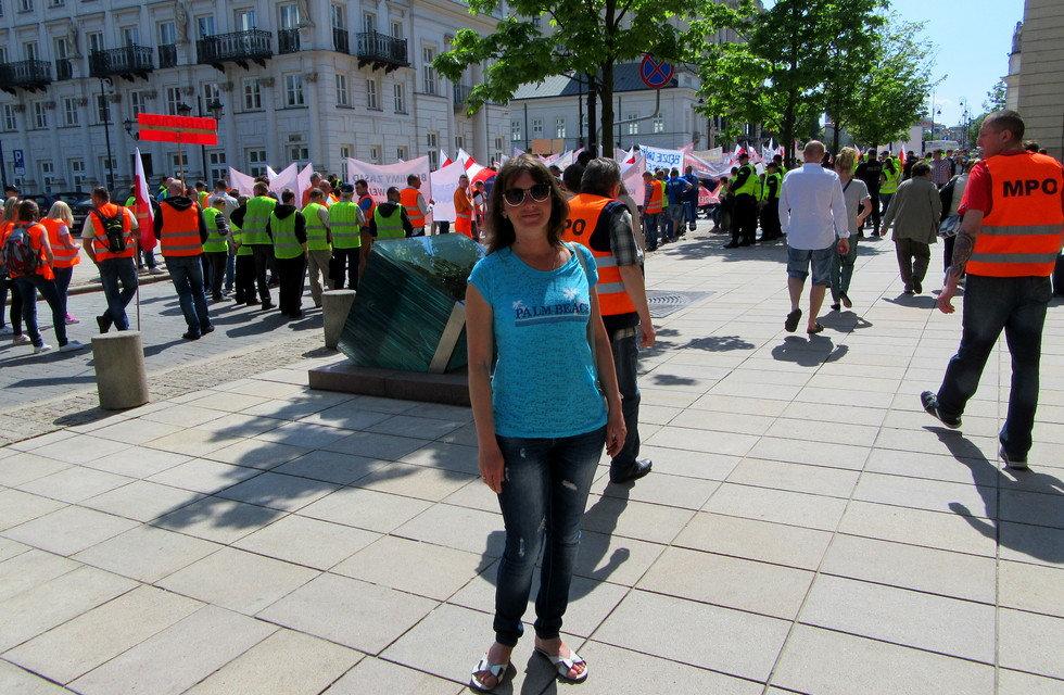 Жители Варшавы протестуют