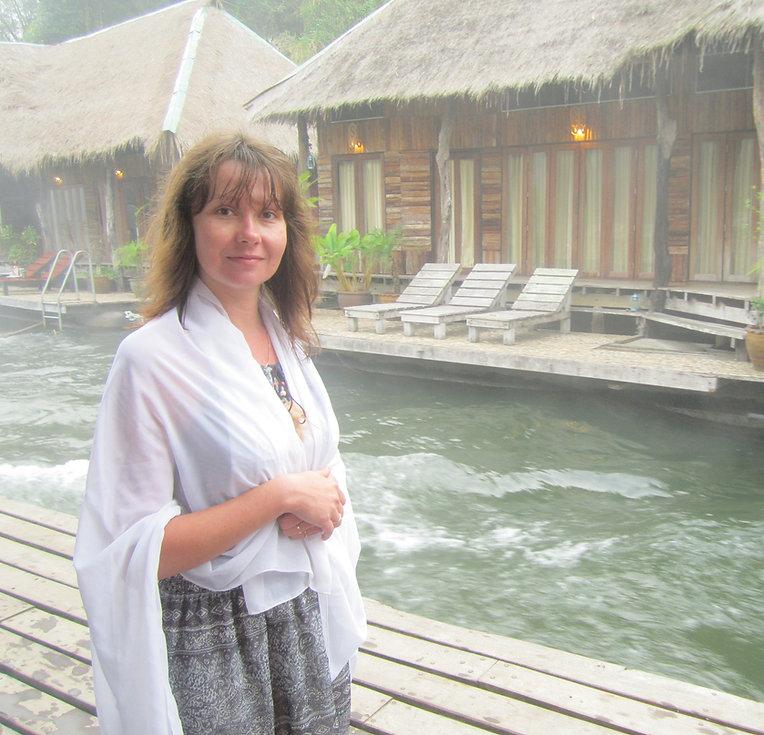 Отель на плотах на реке Квай
