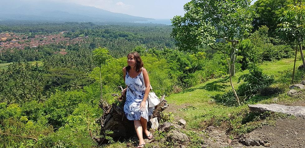 Бали. Фото на вершине горы