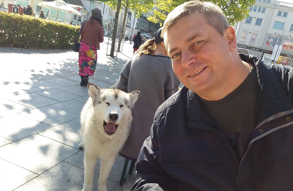 Собака-улыбака в Сопоте