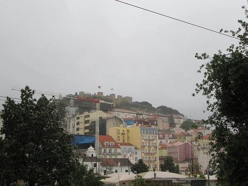 Дождь в Лиссабоне не прекращается