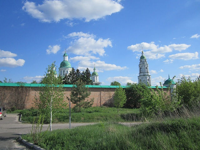 Мгарский монастырь, Украина