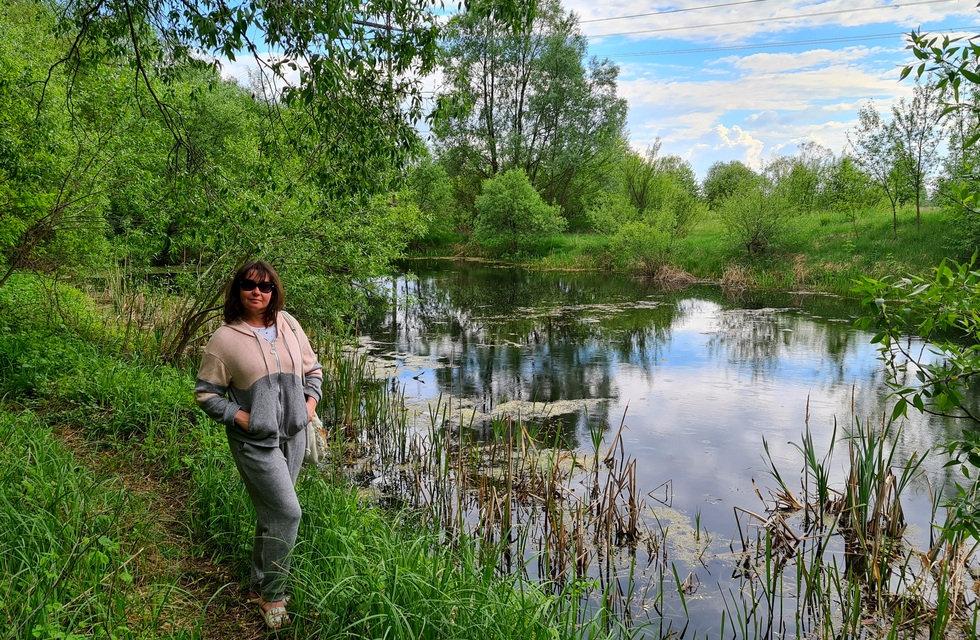 Возле озера слушаем лягушек