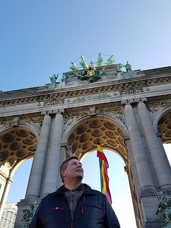 Фото возле Триумфальной арки, Брюссель