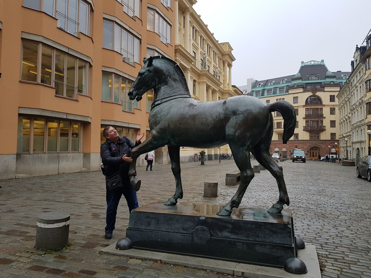 I'm with horse