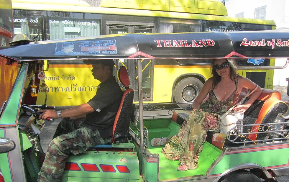 Поездка на Тук-туке по Бангкоку