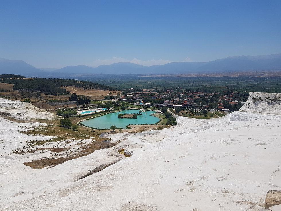 Долина внизу Памуккале