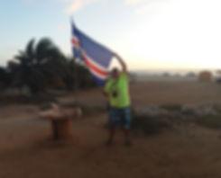 Флаг Кабо-Верде на пляже