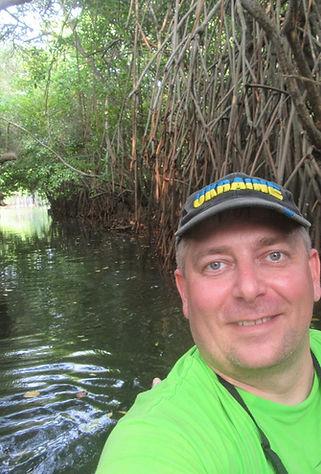 Селфи в лагуне Тангалле