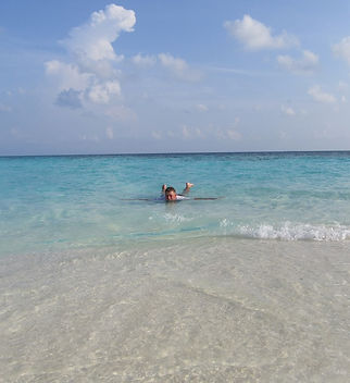 Плаванье вокруг необитаемого острова