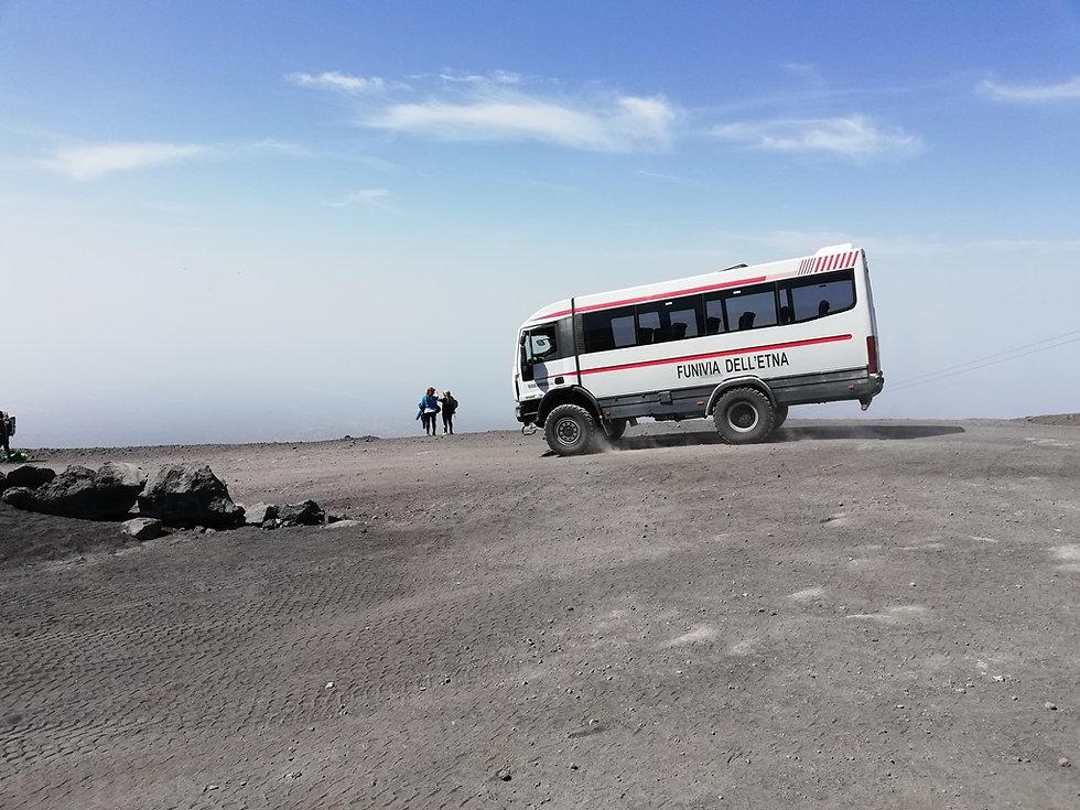 Вездеход для подъема на вулкан Этна