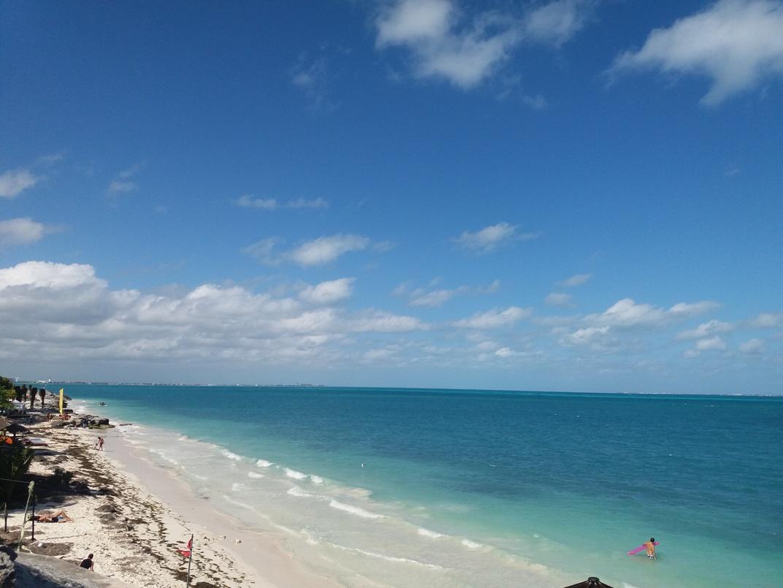 Прекрасный пляж Канкуна
