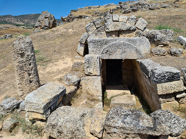 Руины Иерополиса