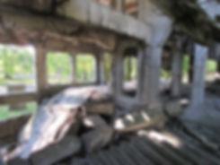 Обрушенные бетонный перекрытия в зданиях Вестерплатте